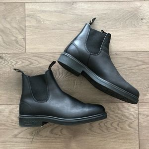 Blundstone. 1306 Chelsea Dress Boot. Black.